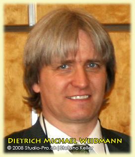 Dietrich Michael Weidmann, kun-prezidanto de Svisa Esperanto-Societo. Simpozio pri Lingvaj Rajtoj, UEA, UN, Geneve 24-04-2008
